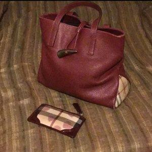 Burberry leather nova check bag